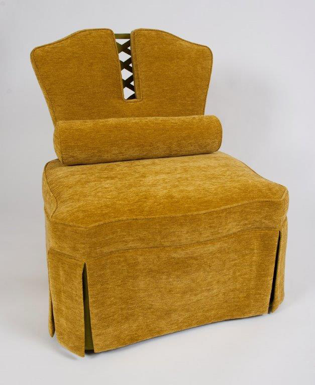 GoldChairFront